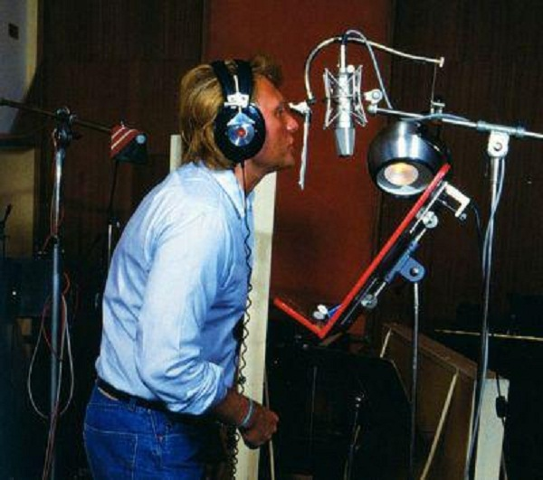 johnny hallyday en studio  - Page 2 16822010