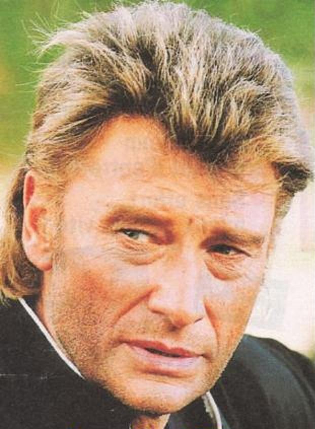 Johnny chez le coiffeur, cheveux longs cheveux courts  - Page 6 47059510