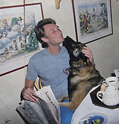 """Johnny et les """"z'animaux"""" - Page 4 Chien_10"""