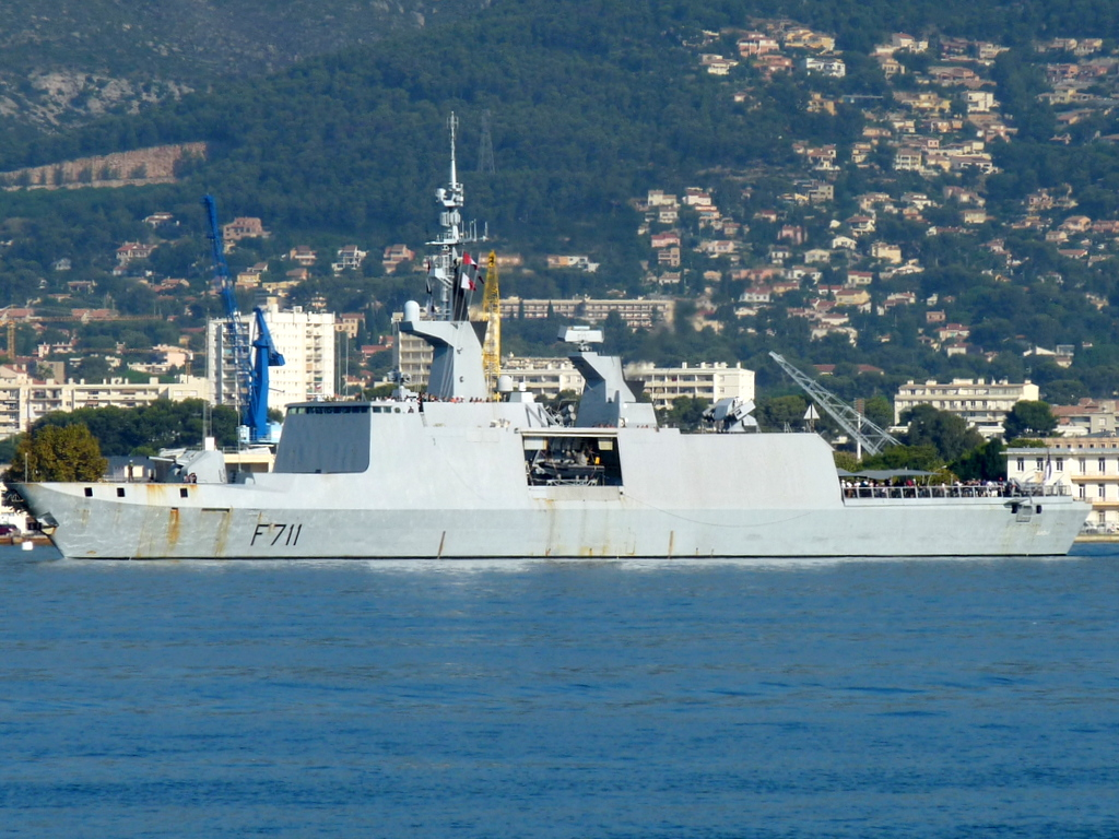 [Les ports militaires de métropole] Port de Toulon - TOME 1 - Page 21 110