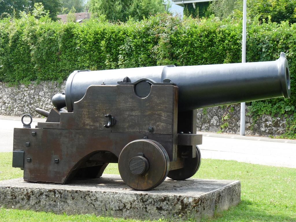 [Les différents armements dans la Marine] Pour changer, si l'on parlait canons... - Page 4 P1130918