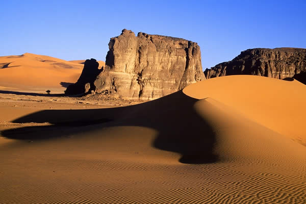 Algerian Desert (Let the pictures take) Al12110