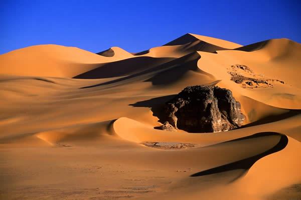 Algerian Desert (Let the pictures take) Al20210