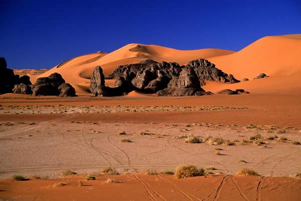Algerian Desert (Let the pictures take) Al21510