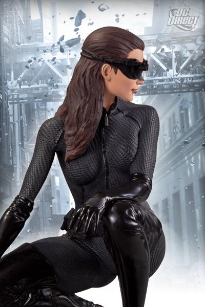 1:6 The Dark Knight Rises - CATWOMAN 900x1314