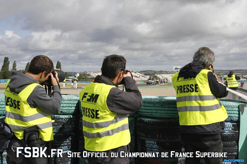 [FSBK] Lédenon, les 2,3 et 4 Septembre 2011 - Page 4 1-mags10