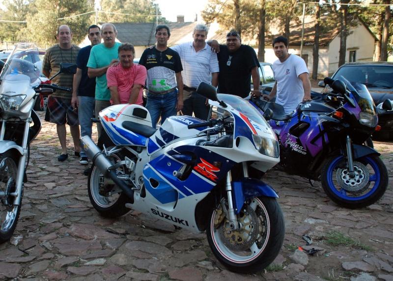Pablito, con amigos en tandil!!....sabado y domingo buenos momentos Dsc_7325