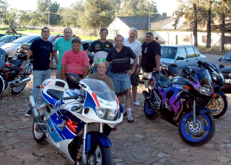 Pablito, con amigos en tandil!!....sabado y domingo buenos momentos Dsc_7328