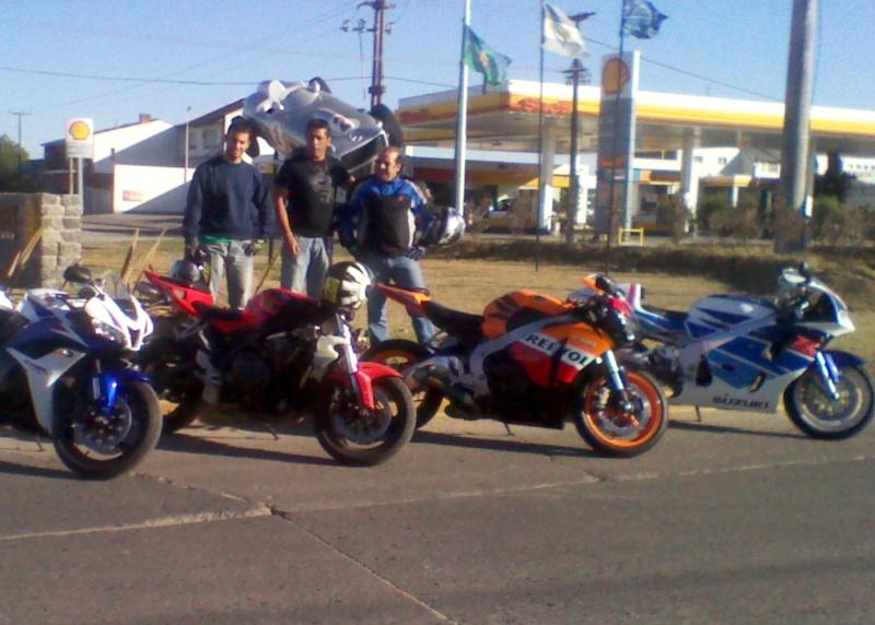 Sabado 28 de enero 2012 a balcarce con amigos Img_2043