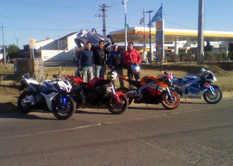 Sabado 28 de enero 2012 a balcarce con amigos Img_2045