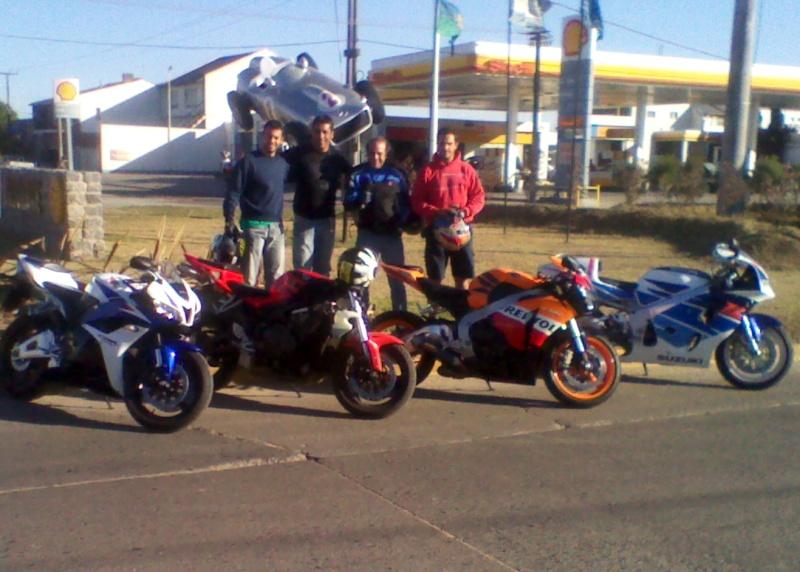 Sabado 28 de enero 2012 a balcarce con amigos Img_2046