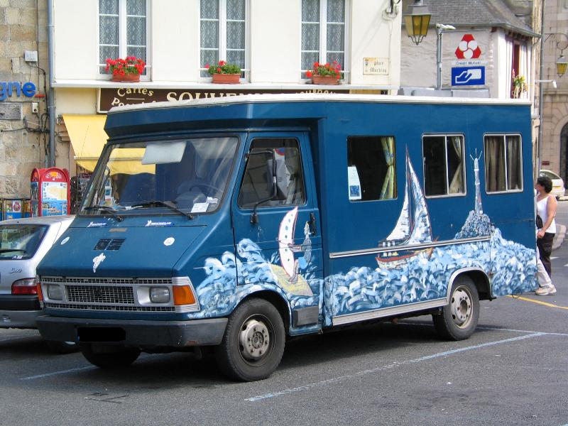 Camping car insolites Peintu10