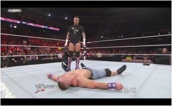 John Cena vs. Cm Punk Cm_pun39