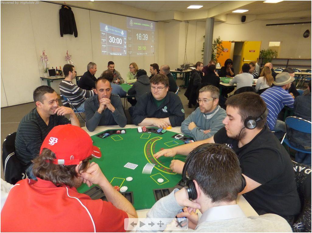 6ème tournoi deepstack Guichen - samedi 29 octobre 2011 Vegeta10