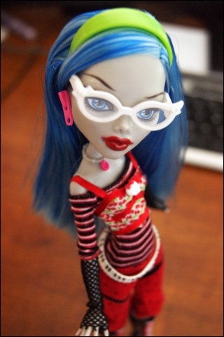 [Monster High] Ghoulia, future voodoll Dsc04410