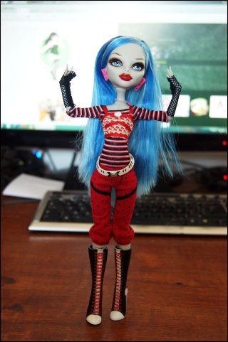 [Monster High] Ghoulia, future voodoll Dsc04415
