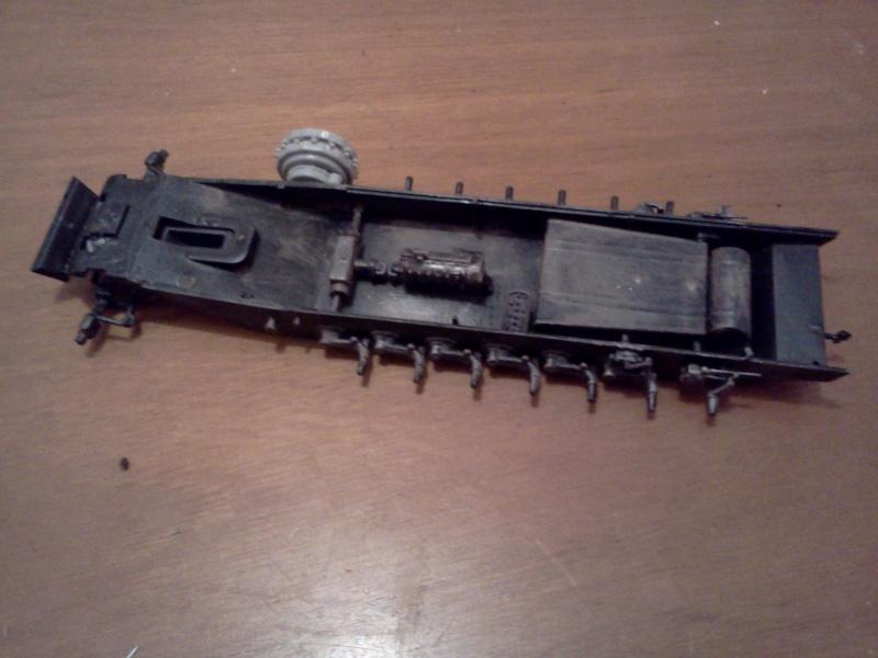 SdkFz 251/16 Ausf C Flammpanzerwagen - montage en cours Img06110