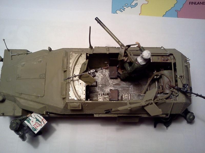 SdkFz 251/16 Ausf C Flammpanzerwagen - montage en cours Img08310