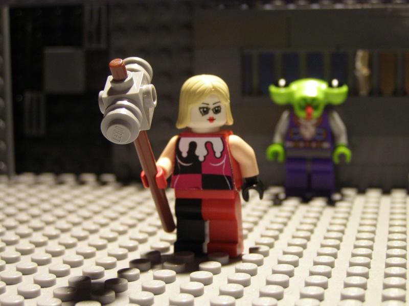 L'épouvantail et Harley Quinn Pc180010