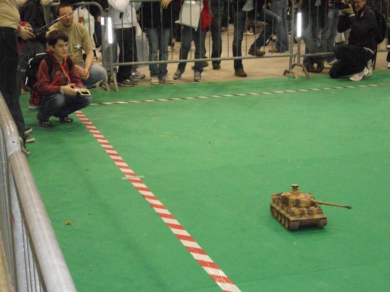 Foto del Model Expo Verona 2012 - Pagina 2 Dscn0111