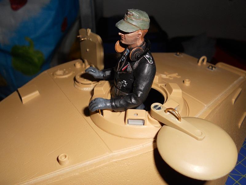 WIP Panzerkampfwagen VI Tiger II Ausf. B Königstiger Sd.Kfz.182 Tamiya di CPT America - Pagina 10 King_233