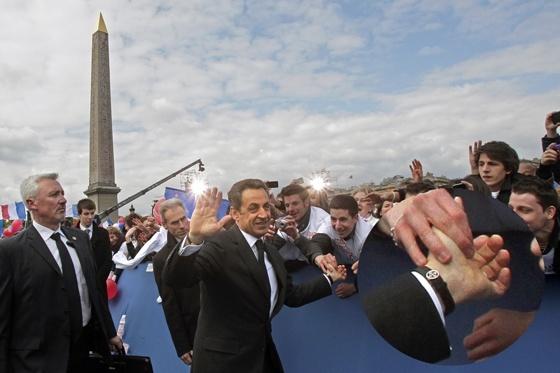 Une cocasse photo de M. Hollande La_mon10