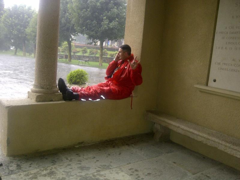 Un tranquillo weekend di paura .... Img-2012