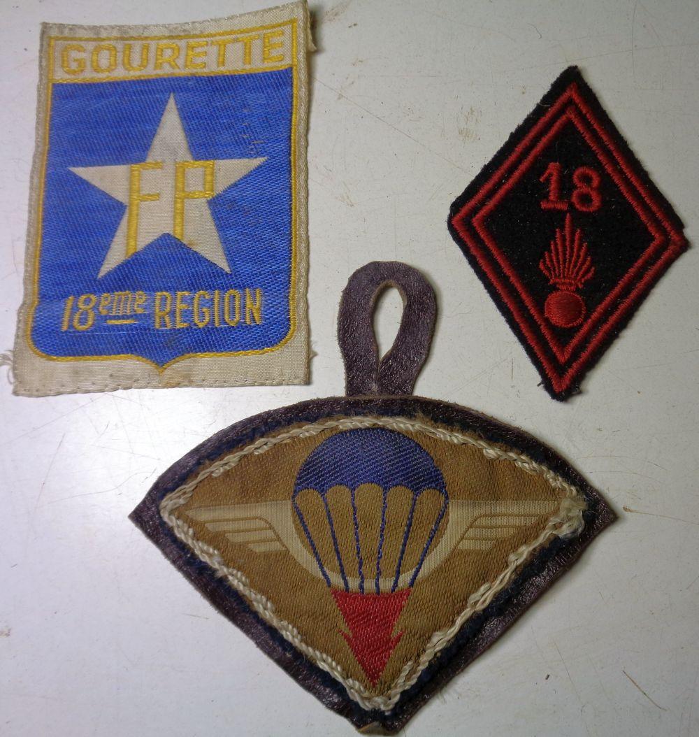 3 insignes,  à identifier .... Dsc00618