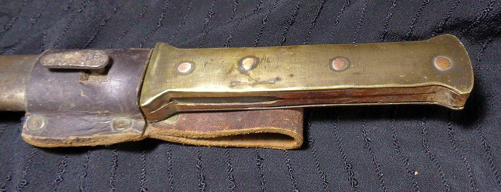 Un couteau de tranchée... Dsc01014