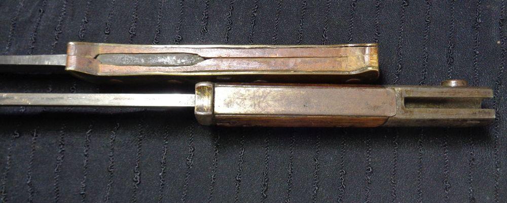 Un couteau de tranchée... Dsc01113