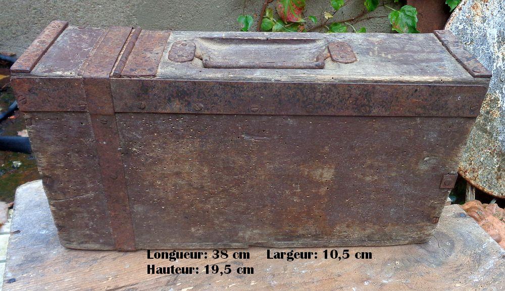 caisse à munition allemande  Dsc02610