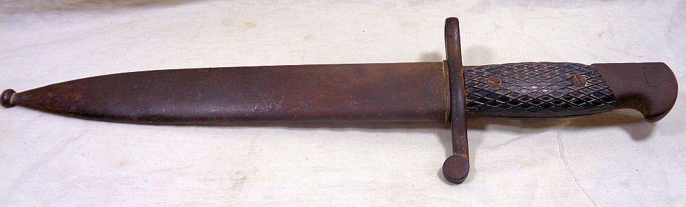 Une baionnette: c'est quoi cet outil ? Dsc02621