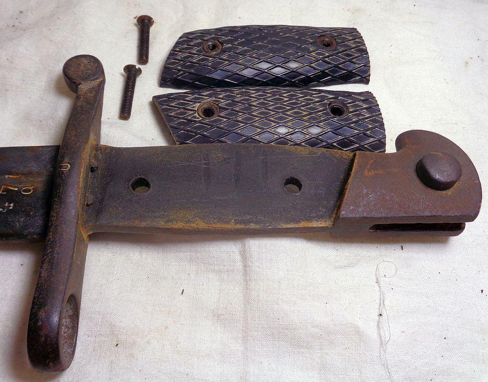 Une baionnette: c'est quoi cet outil ? Dsc02629