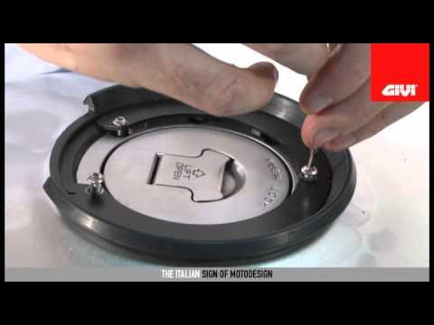 Sacoche réservoir Givi Easylock (nouveau mode de fixation) Hqdefa10