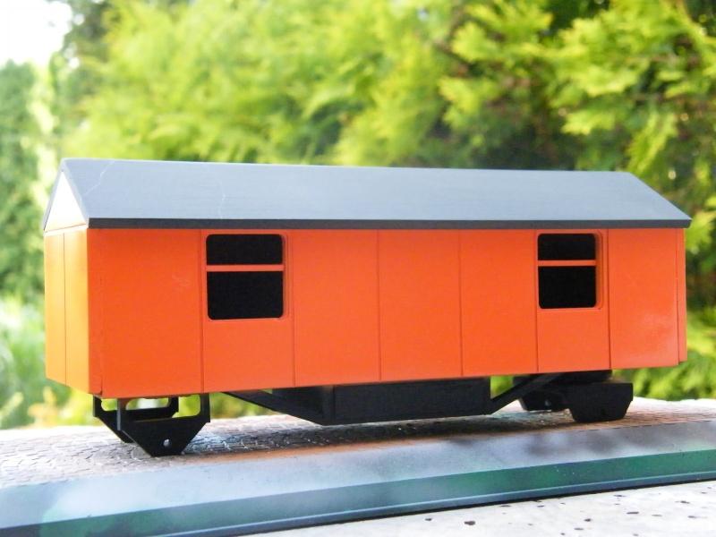 Eigenbau Schwerlastanhänger TL 20 und TL 12 Straßenwalze DW 10 und andere Fahrzeuge in 1 43 Dscf2226