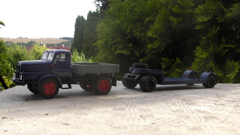Eigenbau Schwerlastanhänger TL 20 und TL 12 Straßenwalze DW 10 und andere Fahrzeuge in 1 43 Sany0112