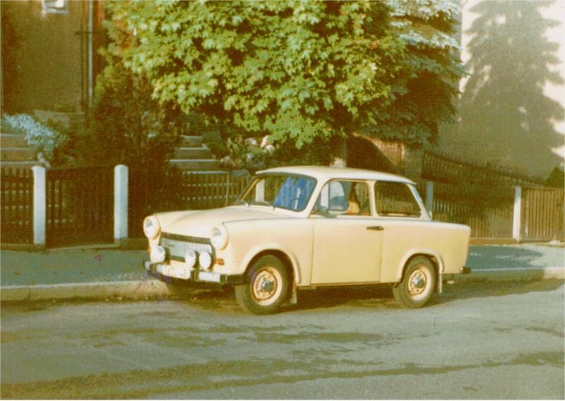 Trabant 601 in 1:18 von Sun Star Traban14