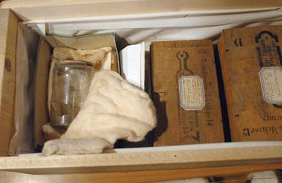 Macabro:Partes Corporales De Figuras Historicas User_s10