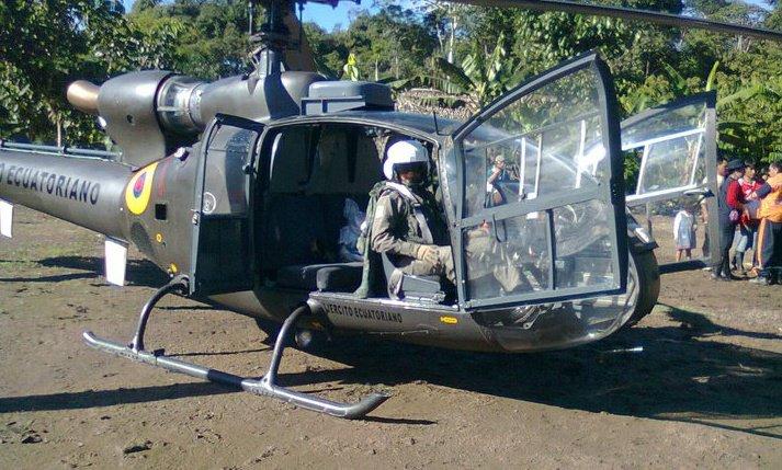 Armée Equatorienne/Fuerzas Armadas del Ecuador - Page 3 068pe10