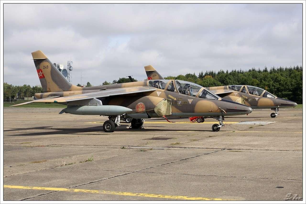 FRA: Photos avions d'entrainement et anti insurrection - Page 5 20100912