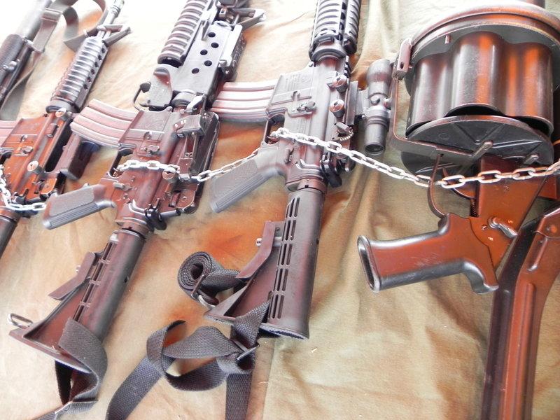 Armée Equatorienne/Fuerzas Armadas del Ecuador - Page 3 Dscn1913