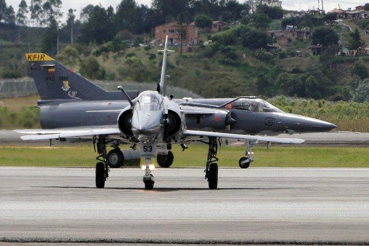 Armée Colombienne / Military Forces of Colombia / Fuerzas Militares de Colombia - Page 3 Fair2010