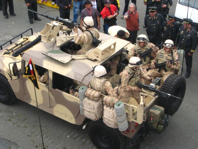 Armée Péruvienne (FAP) - Page 3 Peru_d20
