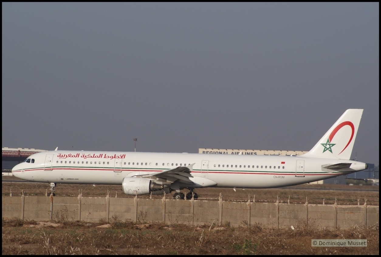 Flotte Royal Air Maroc - Page 4 Un_a3210