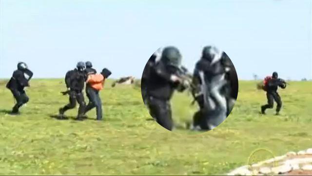 videos gendarmerie royale - Page 6 Zoomde10