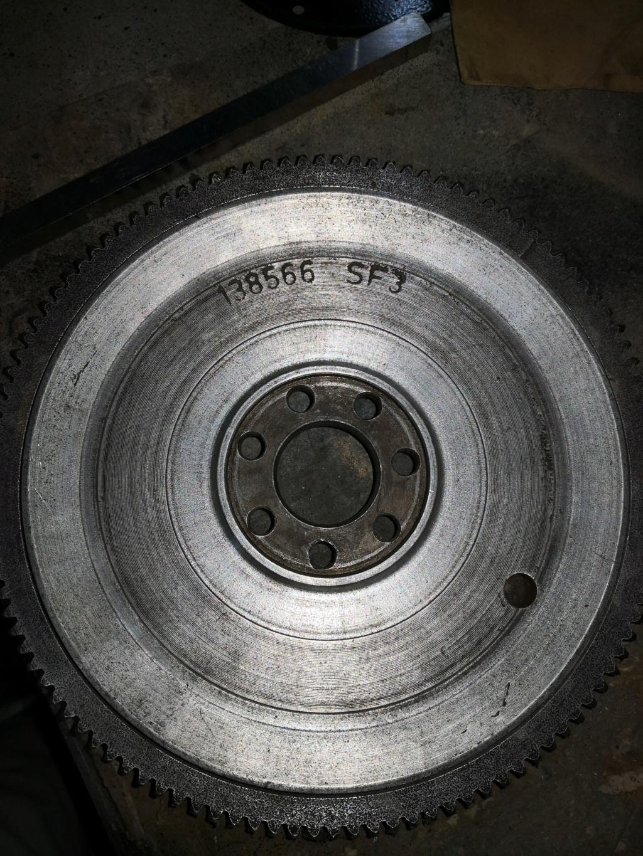 Cotes volant moteur Img_2044