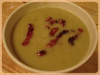 Crème aux petits pois et bacon  Sop_er10