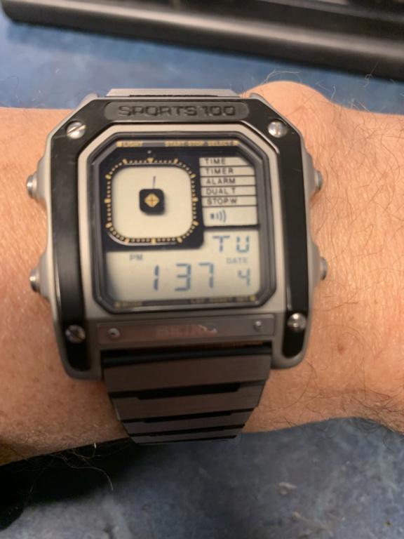 Toutes les montres de James Bond... - Page 16 514ac410