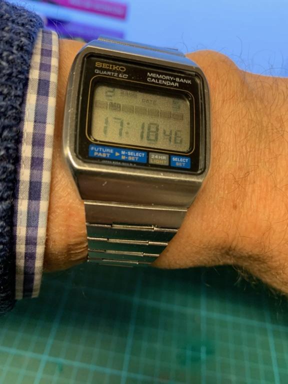 Toutes les montres de James Bond... - Page 15 Img_1628