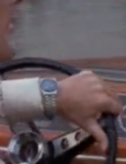 Toutes les montres de James Bond... - Page 12 Scree185